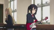 Лёгкая Музыка 2 / Кей-Он 2 / K-On! 2 (2010/RUS/JPN) HDTVRip [комедия, музыкальный]